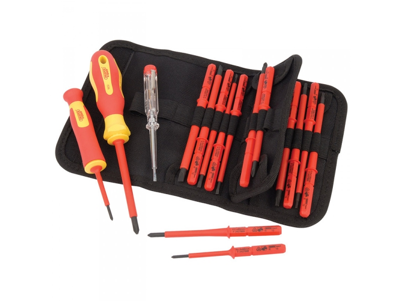 05776 Expert 18 Piece VDE Approved Fully Insulated Interchangeable Blade Screwdriver Set